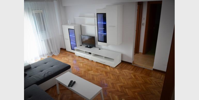 4 Rooms Apartment - Unirii Fantani - Bd UNIRII NR 18 - Cazari-Bucuresti.ro