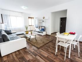 Alba Iulia Apartament 12 - Bulevardul Burebista numarul 4